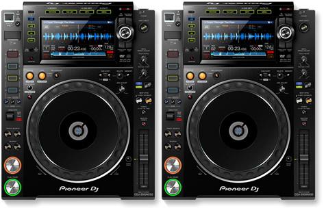 2 x Pioneer CDJ 2000 NXS2